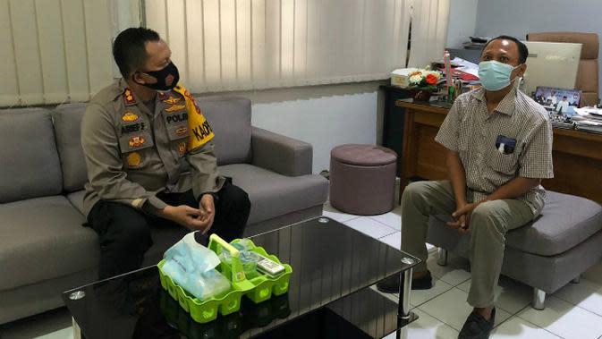 Kapolres Gresik AKBP Arief Fitrianto kunjungan ke KPU Gresik. (Foto: Dok Istimewa)