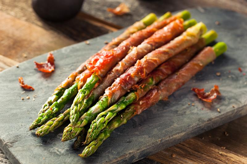Prosciutto wrapped in asparagus is a simple way to serve the vegetable. (Getty Images)