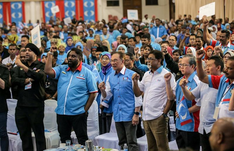 PKR president Datuk Seri Anwar Ibrahim and other party leaders attend the Perak PKR Convention in Kuala Kangsar December 3, 2019. — Picture by Farhan Najib