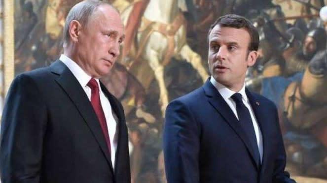 VIVA Militer: Vladimir Putin dan Emmanuel Macron