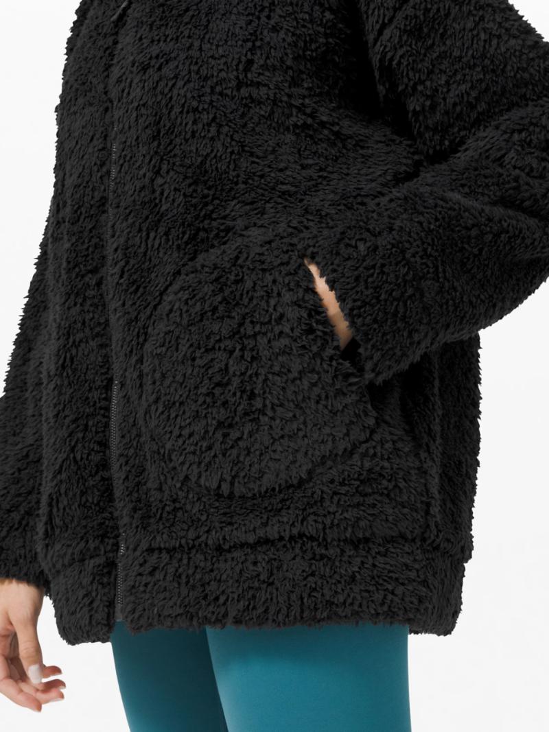 Lululemon Women's Oh So Sherpa Jacket in Black