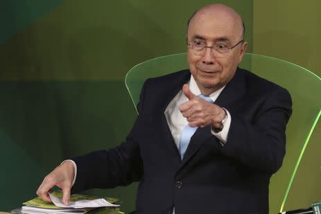 O candidato do MDB à Presidência da República, Henrique Meirelles, participa de debate sobre agricultura promovido pela Confederação da Agricultura e Pecuária do Brasil (CNA) e pelo Conselho do Agro.