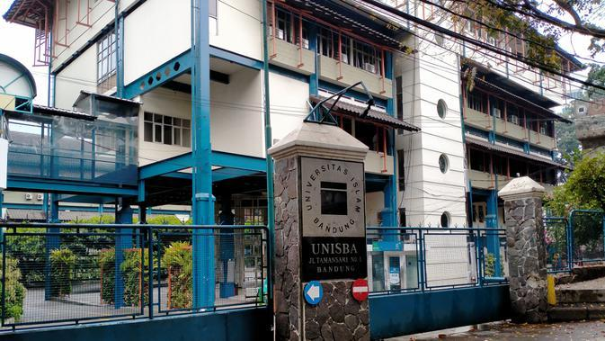 Rektor Unisba: Penembakan Gas Air Mata ke Kampus Saat DemoBerlebihan