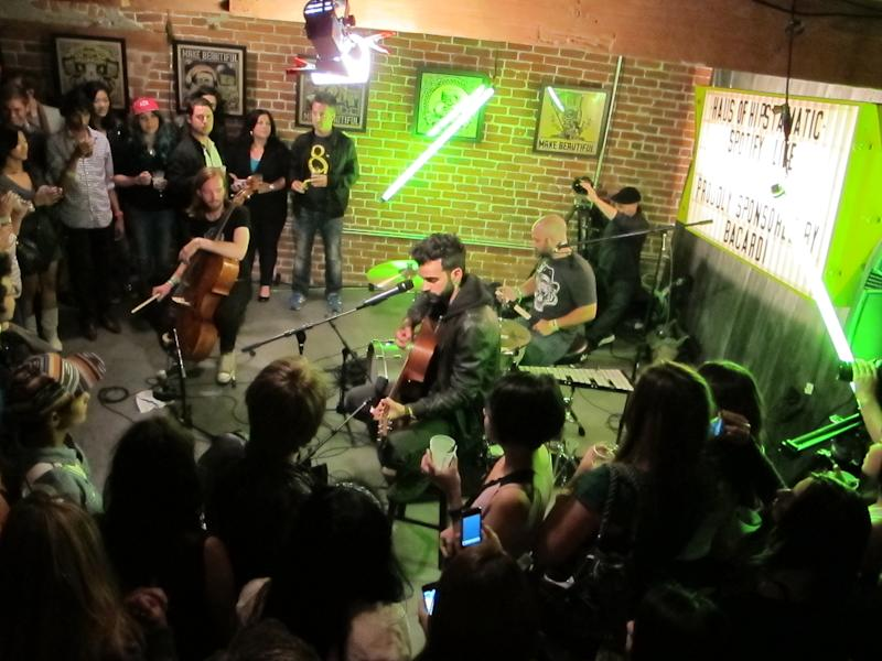 Spotify Session: Geographer Performs 'Kites' With Spotify On Tour