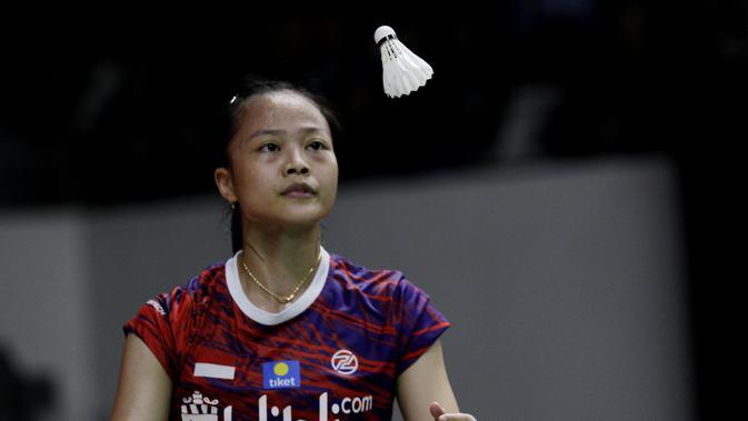 Tunggal Putri Indonesia, Fitriani, saat melawan wakil China, Han Yue, pada laga Indonesia Masters 2020 di Istora, Jakarta, Rabu (15/1/2020). Fitriani kalah dengan skor 6-21 dan 17-21. (Bola.com/M Iqbal Ichsan)
