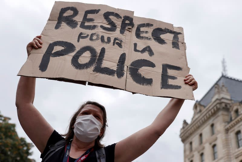 'Respect our police' - wives of French officers berate government