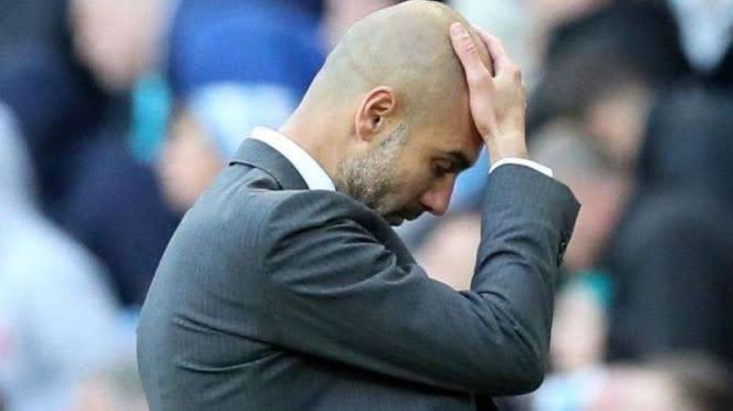 Ekspresi kecewa manajer Manchester City, Pep Guardiola