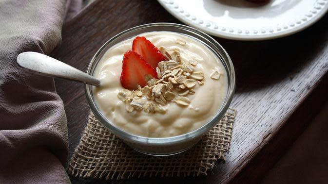 Ilustrasi yoghurt. (Sumber: Pixabay)