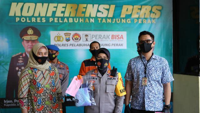 Konferensi pers Pelabuhan Tanjung Perak Surabaya (Foto: Liputan6.com/Dian Kurniawan)