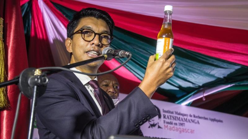 Presiden Madagaskar Andry Rajoelina saat meluncurkan
