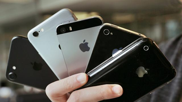 Apple ralentiza los iPhone antiguos para protegerlos y alargar su vida útil (DPA).