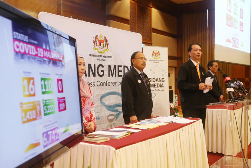 — Health director-general Datuk Dr Noor Hisham Abdullah said that out of the 15 new cases today, only nine were locally transmitted. Of that number, five were locals and four were foreigners. — Picture by Choo Choy May