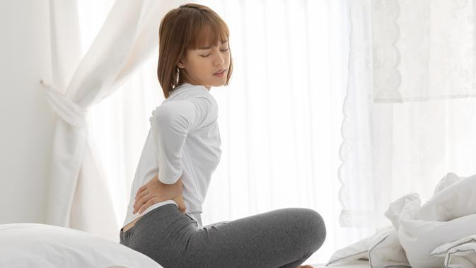 Ini 5 Cara Efektif Atasi Nyeri Punggung selama Menstruasi