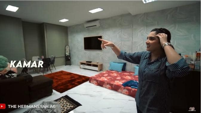 Studio baru The Hermansyah A6 (Sumber: YouTube/The Hermansyah A6)