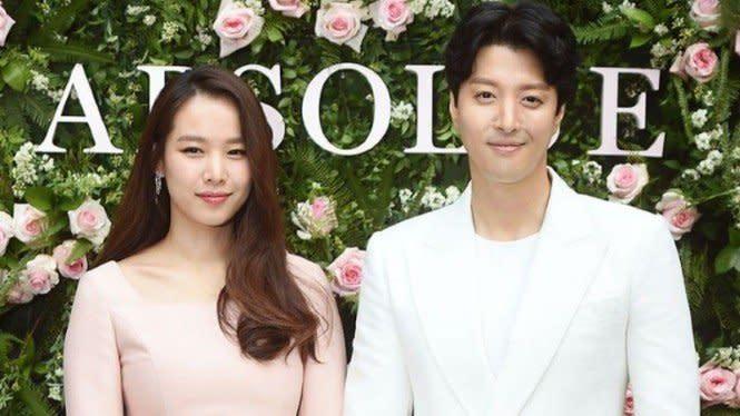 Ngaku Gak Cocok, Lee Dong Gun dan Jo Yoon Hee Mantap Bercerai