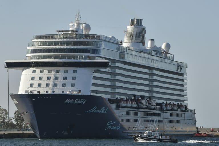 Cruise ship in Greece given coronavirus all-clear