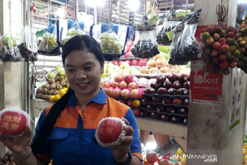 Isu pembatasan impor tingkatkan harga buah lokal di Solo