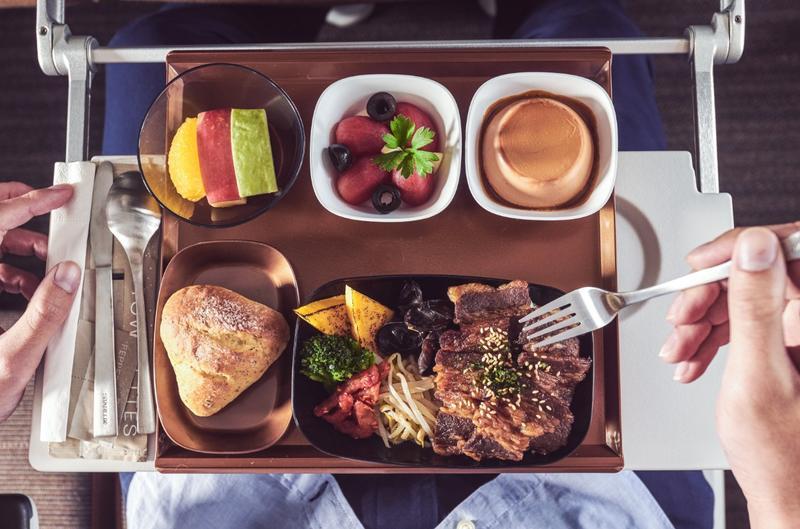 機上餐點將完整提供。(圖/翻攝自星宇航空臉書)