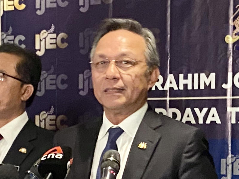 Johor Mentri Besar Datuk Hasni Mohammad said the state government will request a RM1 billion allocation from Putrajaya to assist small and medium-sized enterprises (SMEs) in the state. — Picture by Ben Tan