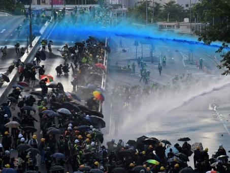 《基本法》授權香港自治 一國兩制50年不變