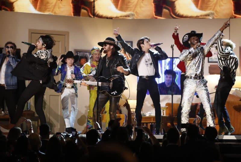 Boy Band Korea BTS tunda tur AS, Kanada karena virus corona