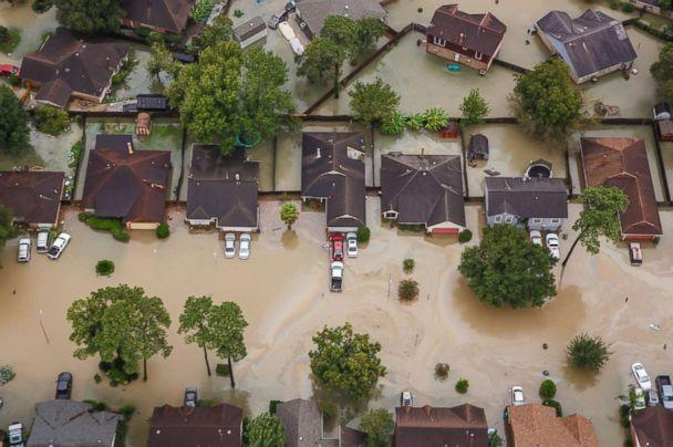 PHOTO: A residential neighborhoods is inundated with floodwater in the wake of Hurricane Harvey in Houston, Aug. 29, 2017. (Marcus Yam/Los Angeles Times via Polaris)
