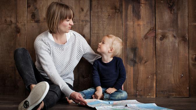 Ilustrasi ibu dan anak (Ilustrasi: Pexels.com/Pixabay)