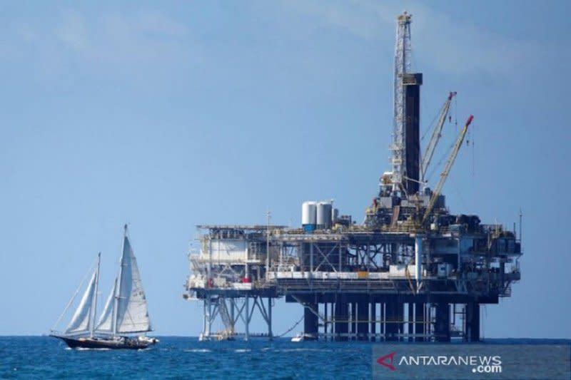 Khawatir kemajuan pembicaraan perdagangan AS-China, minyak turun