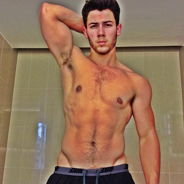 Whoa! Nick Jonas Shows Off Ripped Bod
