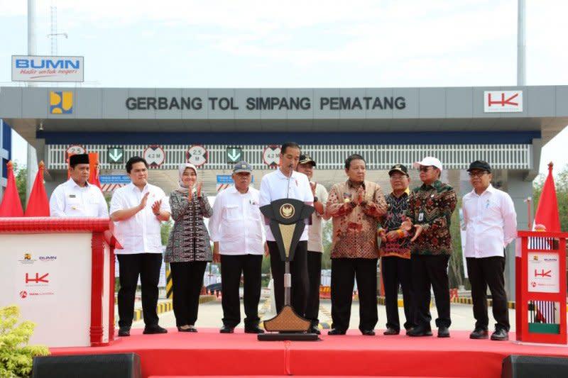 Presiden Jokowi: Jalan tol ciptakan pertumbuhan ekonomi baru