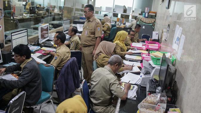 Pegawai Negeri Sipil (PNS) atau ASN.(Liputan6.com/Faizal Fanani)