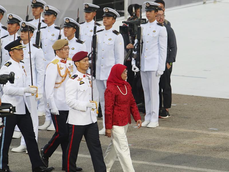 總統也有保障名額 8張卡認識自動當選的新加坡女總統