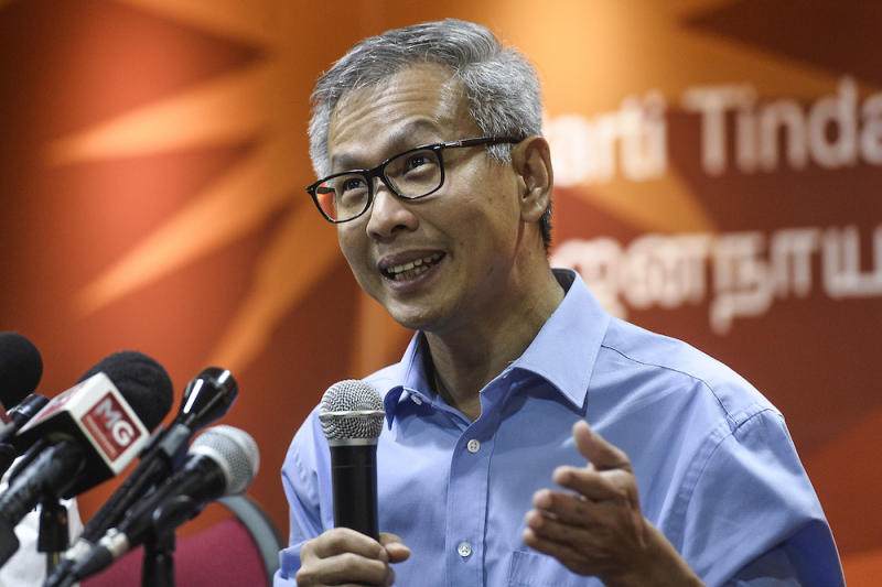 Tony Pua noted that the previous Barisan Nasional administration failed to achieve similar outcomes with PLUS Malaysia Berhad and the highways under its umbrella. — Picture by Miera Zulyana