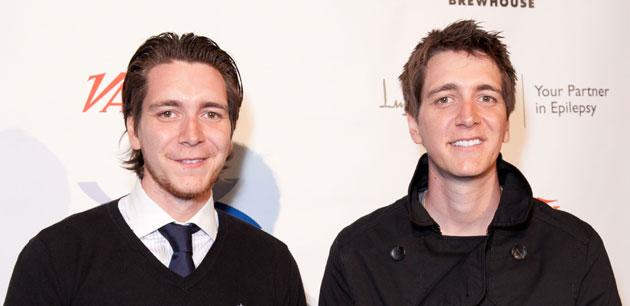 'Harry Potter' Weasley twins go back to brown and hit up Hollywood