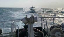 澎湖快艇失動力 12人漂流望安海巡急馳援