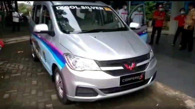 Mobil Wuling Resmi Jadi Angkot, Ini Wujudnya