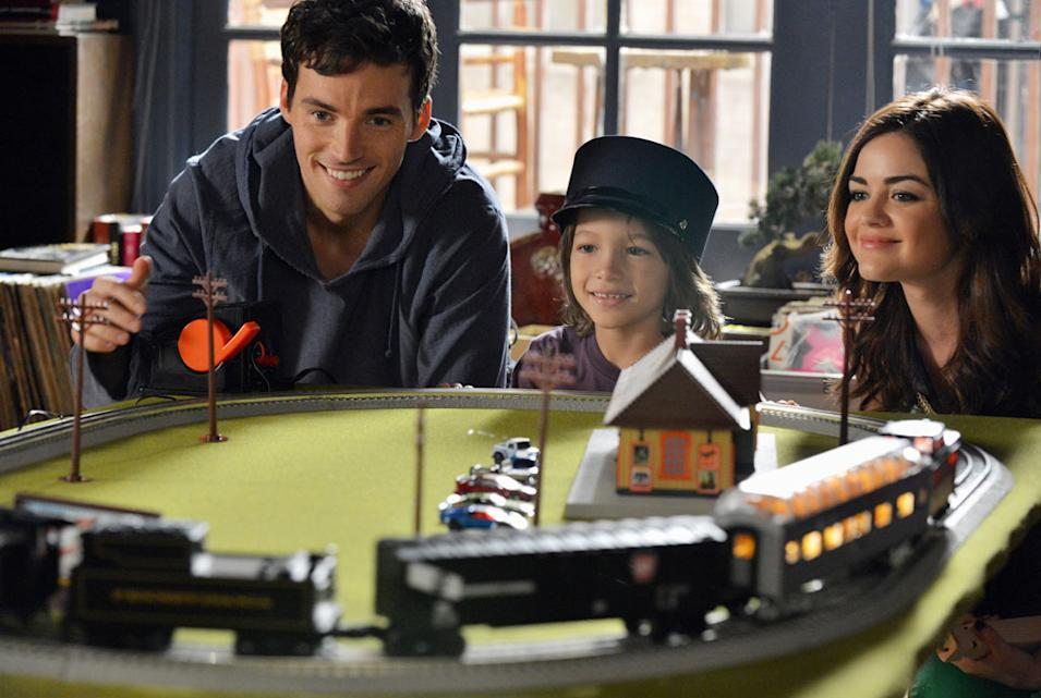 """""""Pretty Little Liars"""" -- """"Out of Sight, Out of Mind"""" IAN HARDING, TEO BRIONES, LUCY HALE"""