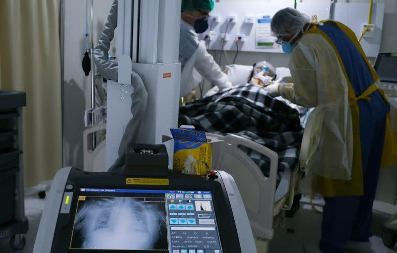 Brazil coronavirus cases tops 3.5 million, fatalities exceed 112,000 -health ministry