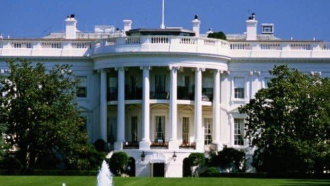 Orang Bersenjata Ditembak Paspampres AS di Area Gedung Putih