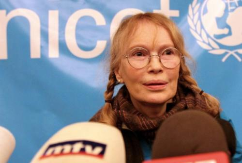 Mia Farrow Says Son With Woody Allen 'Possibly' Fathered by Frank Sinatra