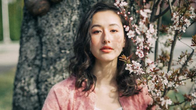 ilustrasi kepribadian perempuan/Photo by Shawn Xu on Unsplash