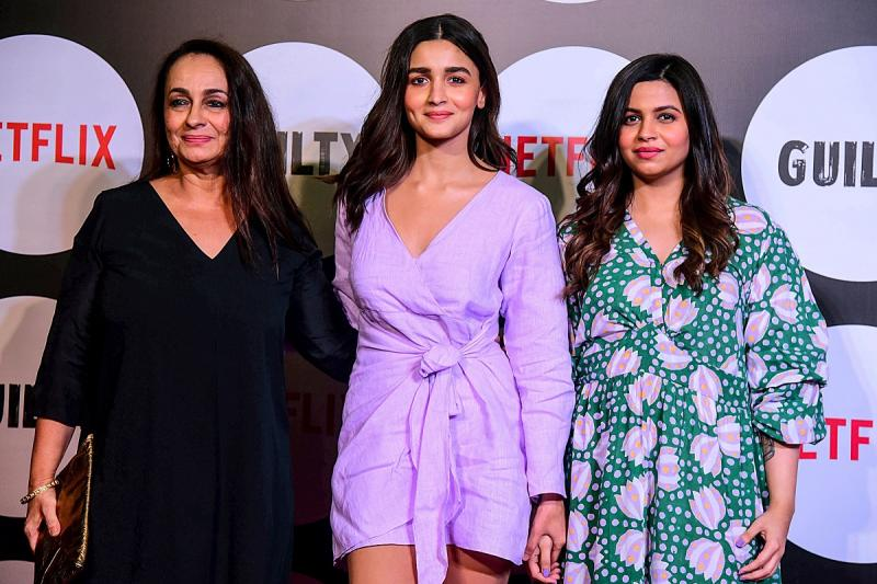 Alia Bhatt with her mother Soni Razdan (L) and sister Shaheen Bhatt attend the Netflix Web Series Special Screening of 'Guilty' in Mumbai on March 4, 2020. (Photo by SUJIT JAISWAL/AFP via Getty Images)