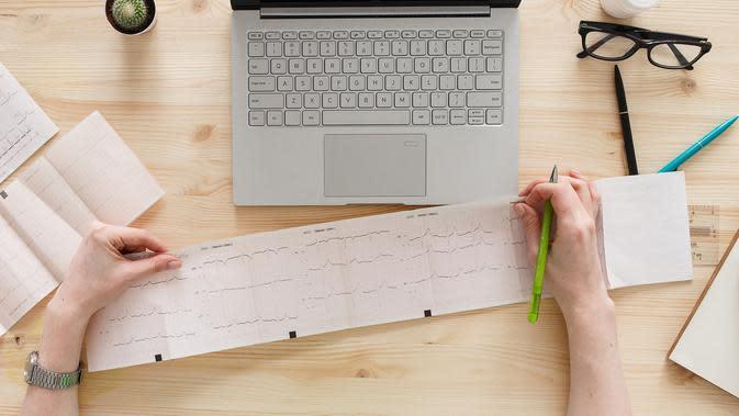 Dear Netizen: Menulis Seperti Apa yang Bisa Menyembuhkan?