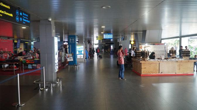 Suasana Bandara Internasional Husein Sastranegara, Senin (1/7/2019). (Liputan6.com/Huyogo Simbolon)