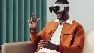 前 HTC CEO 周永明的新專案:一台主打社交的 5G VR 頭戴裝置