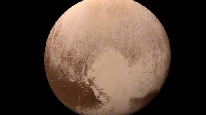 Bantah NASA, Ahli Sebut Pluto Rumahnya Alien