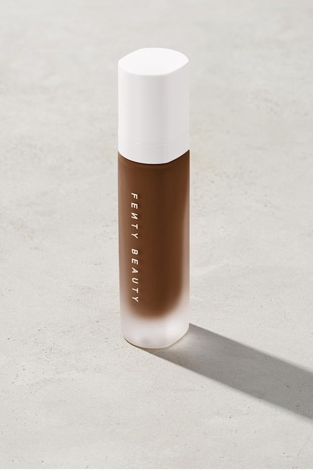 """<p><strong>Fenty Beauty</strong></p><p>fentybeauty.com</p><p><a href=""""https://go.redirectingat.com?id=74968X1596630&url=https%3A%2F%2Fwww.fentybeauty.com%2Fpro-filtr-soft-matte-longwear-foundation%2FFB30006.html&sref=https%3A%2F%2Fwww.elle.com%2Fbeauty%2Fg34398114%2Ffenty-beauty-sale-october-2020%2F"""" target=""""_blank"""">SHOP IT </a></p><p><strong><del>$35</del> $23.62 (33% off)</strong></p><p>Behind every great makeup look (literally) is a reliable foundation. Not only does this bestseller have a silky smooth matte finish, it's also available in a range of shades.</p>"""