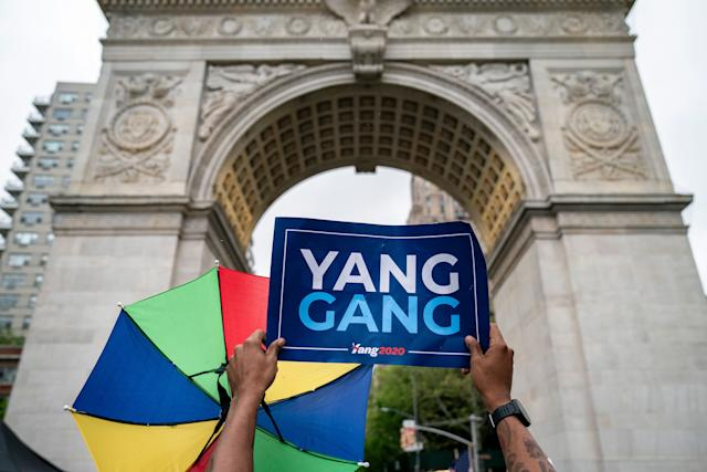 A supporter waits for Democratic presidential candidate Andrew Yang at a rally in Washington Square Park in New York City, May 14. (Photo: Drew Angerer/Getty Images)