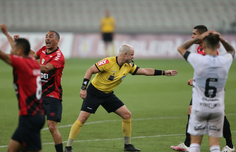 Missed penalty costs Athletico in 1-1 draw with Botafogo