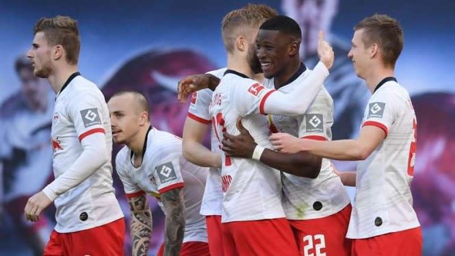 Gasak Hoffenheim, RB Leipzig Bayangi Dortmund